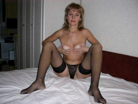 Pour un rancard sans tabou avec une femme infidèle sexy